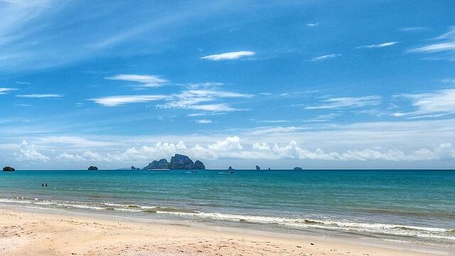 playa-aonang-tailandia