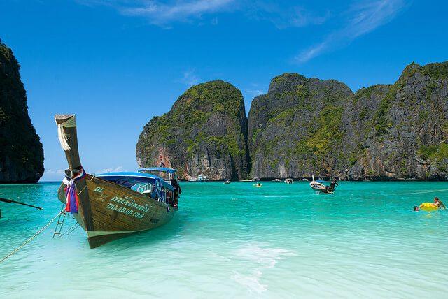 Resultado de imagen para Bahía Maya en la isla Phi Phi Leh en Tailandia.