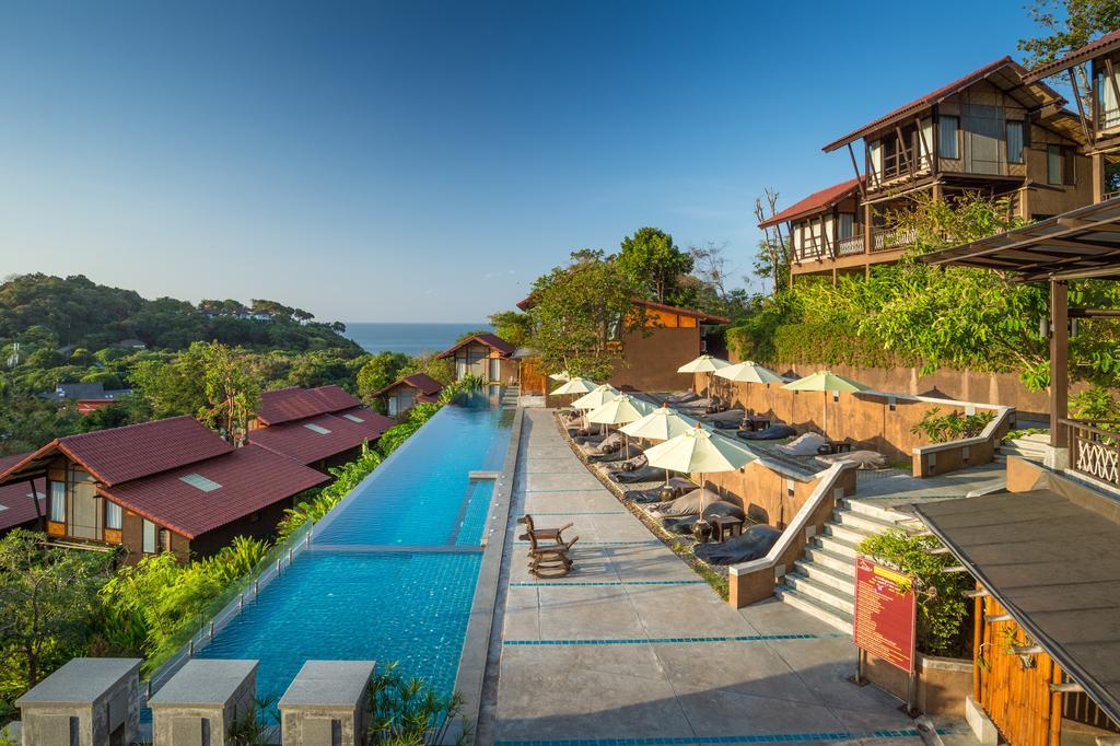 Alama sea village Resort Piscina