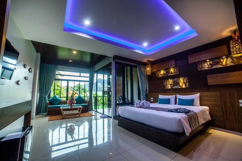 ChaoKoh Phi Phi Hotel & Resort 1