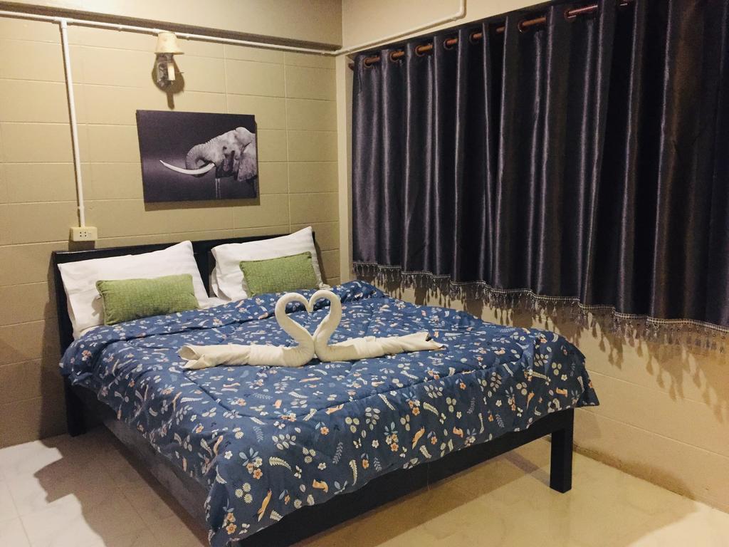 Nett Hotel en Lopburi